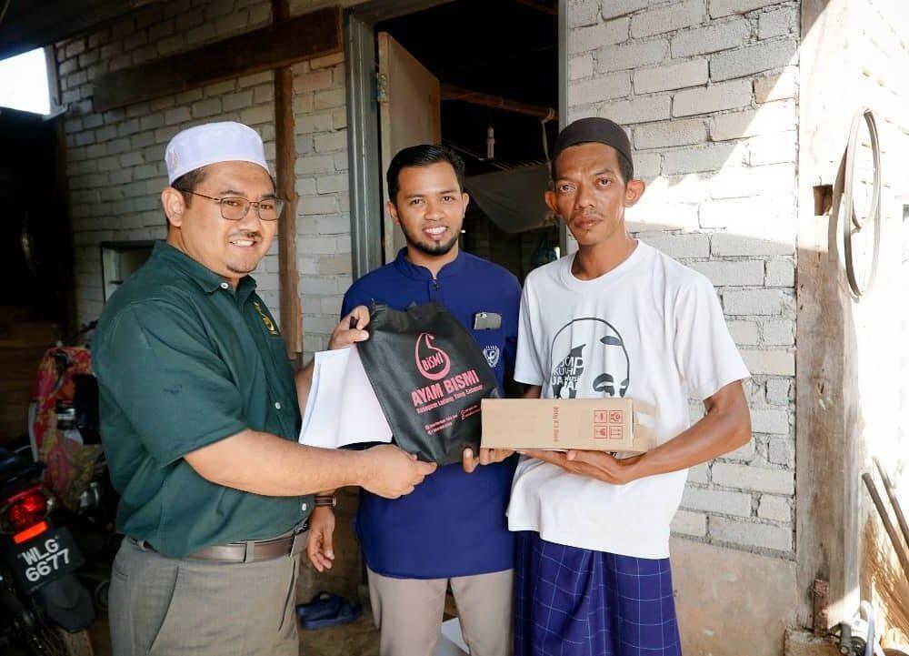 Program Santuni Asnaf Daerah Pendang pada 29 Januari 2020 di Masjid Kampung Pondok Chegar, Simpang Tiga Paya Kelubi, Pendang.
